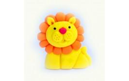אריה תלת מימד מתוק עשוי בצק סוכר לקישוט העוגה