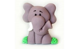 פיל תלת מימד מתוק עשוי בצק סוכר לקישוט העוגה