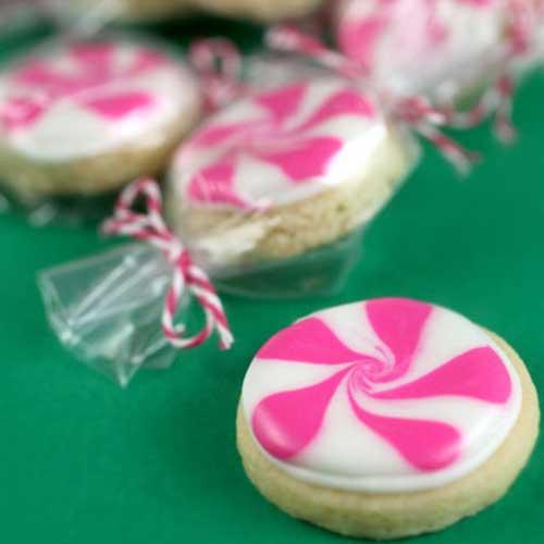 עוגיות סוכריות צבעוניות