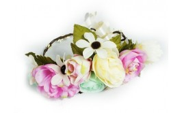 זר פרחים מהודר לראש בצבעי מנטה שמנת וורוד