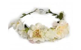 זר פרחים גדול פרחי דליה צבע קרם