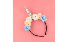 קשת חד קרן פרחים וקרן מוכספת