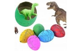 ביצה בינונית דינוזאור נפתח וגדל במים