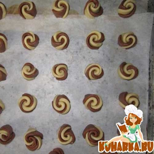 עוגיות פרחים שוקו וניל